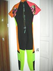 Продам женский водолазный костюм для дайвинга, б/у