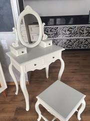 Деревянная мебель для дома, кафе, магазина