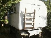 Строительный вагончик на базе шасси смонтирован кунг автомобиля ГАЗ-66