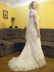 Продам шикарное свадебное платье из коллекции французского дизайнера.